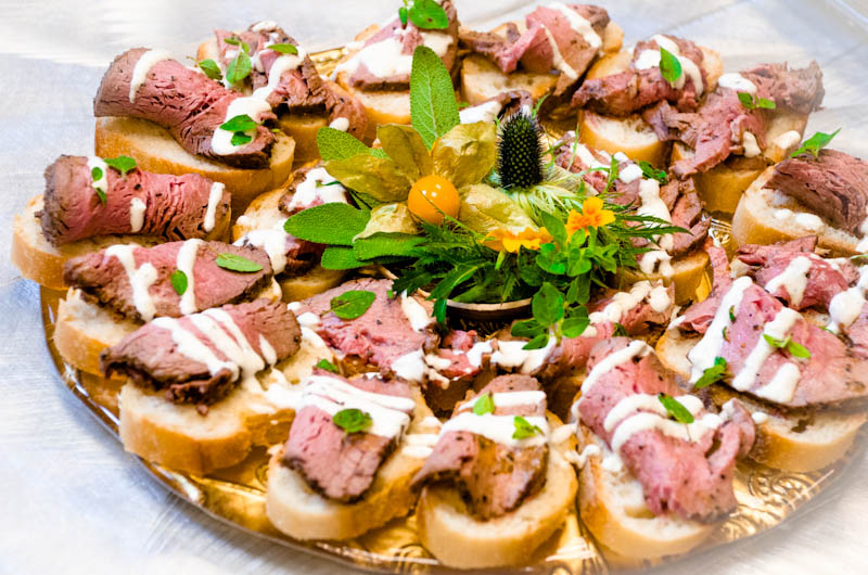 A recent event at the carnegie library in dc catering by for Beef horseradish canape
