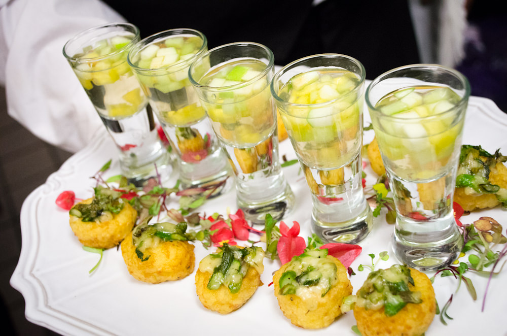 Wedding at Glenview Mansion - Catering by Seasons (8 of 9)