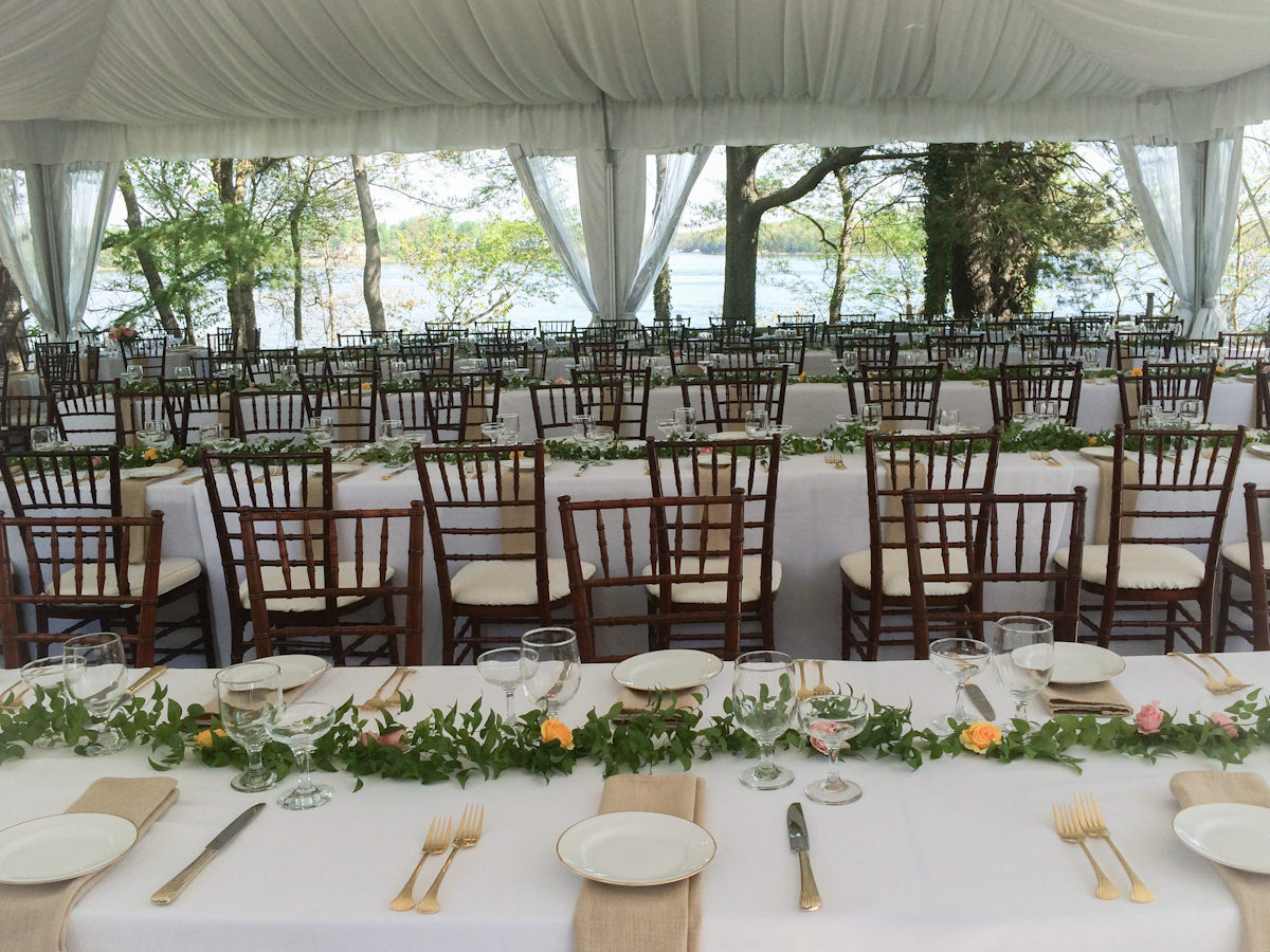 White Wedding - Catering by Seasons